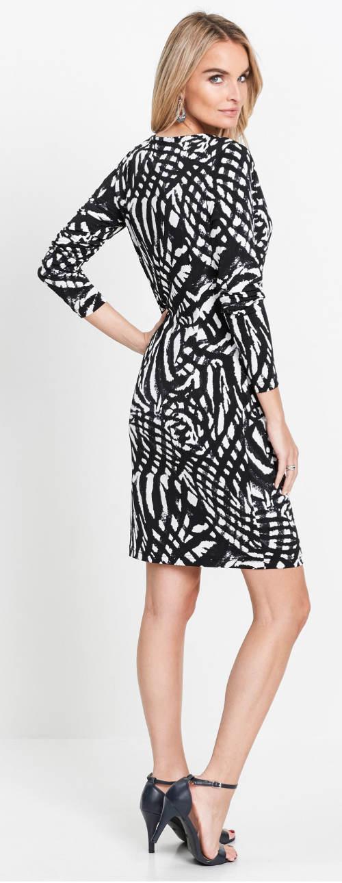 Fekete-fehér ünnepi ruha időseknek