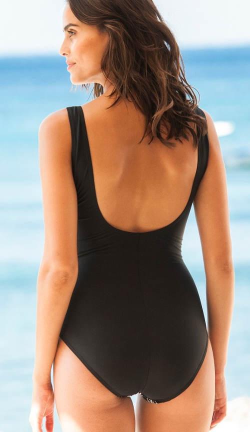 Fekete női fürdőruha karcsúsító figura
