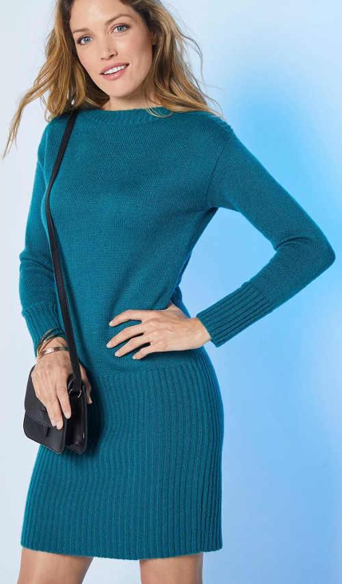 Egyszínű téli női pulóveres ruhák olcsó